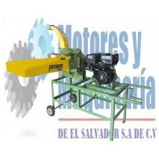 ENSILADORA MODELO PE 800 CON MOTOR GASOLINA 18 HP