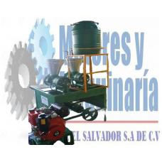 MOLINO DE NIXTAMAL DE 2 TOLVAS TIPO TRASMISION CON MOTOR DIESEL 10 HP